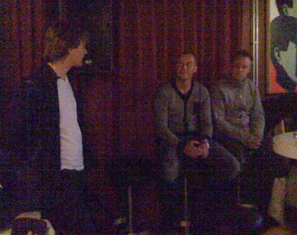 Tony intervjuar Daniel och Anders