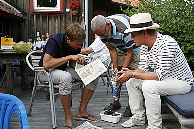 Ostronöppningskurs med Joels pappa Håkan.
