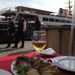 Sardiner och Efes nere vid Karaköy-kajen