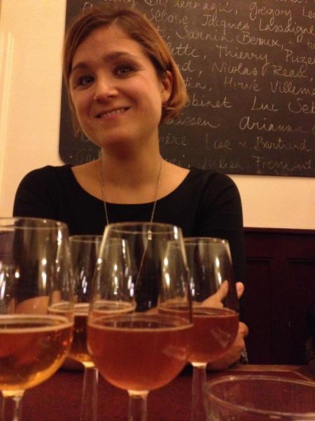 Helen och en masa glas goda viner på Le Chateubriand